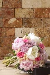 Mandalina Saksı Çiçeği İstanbuldaki Sevdiklerinize Özel Cazip Fiyatıyla Muhteşem Doğal Güzelliği Onlara Sunmanıza Yetecektir. Yaklaşık Ürün Boyutu : 35 cm